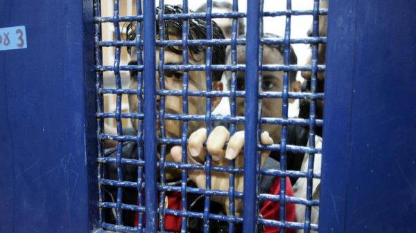 В израильских тюрьмах сейчас содержатся порядка 6500 палестинцев.