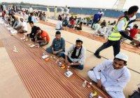 В Дубае побили мировой рекорд по длине стола для ифтара