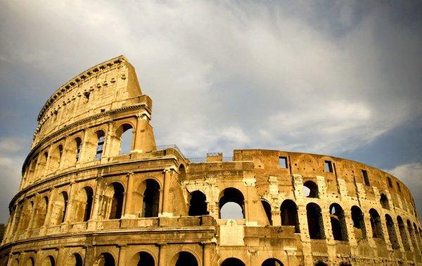 За попытку кражи настолько редкого сувенира туристу, в соответствии с итальянскими законами, может грозить штраф в несколько тысяч евро