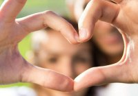 Врачи назвали «кардиологические» плюсы семейной жизни