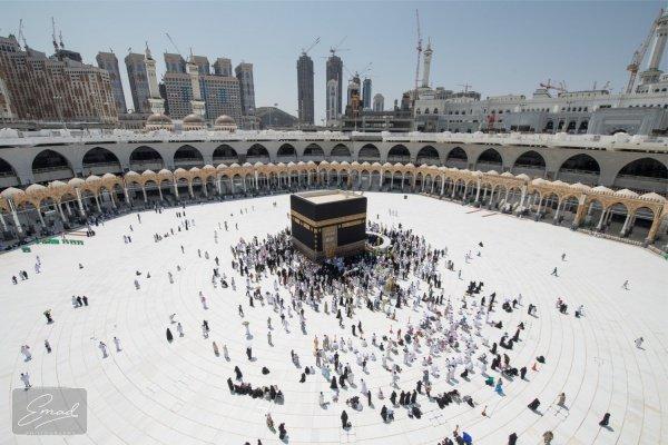 Удивительные факты о Каабе: что такое Хиджр - Исмаил и Аль-Хатим? (ФОТО)