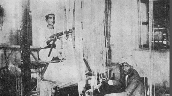 Первые в истории фото фабрики пошива покрывала Каабы