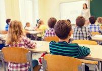 В Узбекистане школьные уроки пообещали сделать «священными»