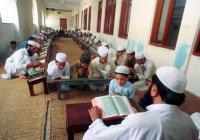 Таджикистан вернет на родину обучающихся в зарубежных медресе