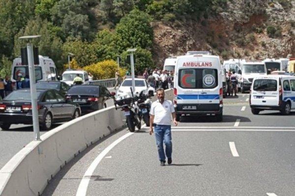 Аварии с автобусами происходят в Турции регулярно.