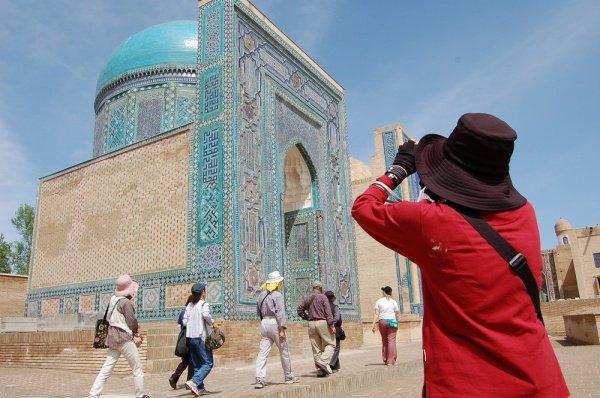 Узбекистан делает ставку на развитие мусульманского туризма.