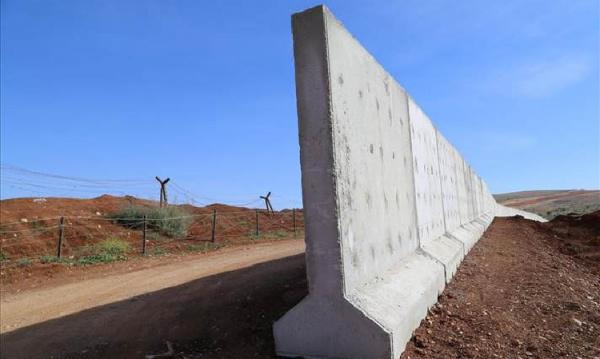 Ирак приступает к строительству стены на границе с Сирией