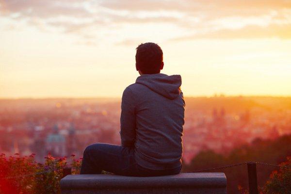 Исследователи также обнаружили доказательства возможной связи между одиночеством и избыточным весом