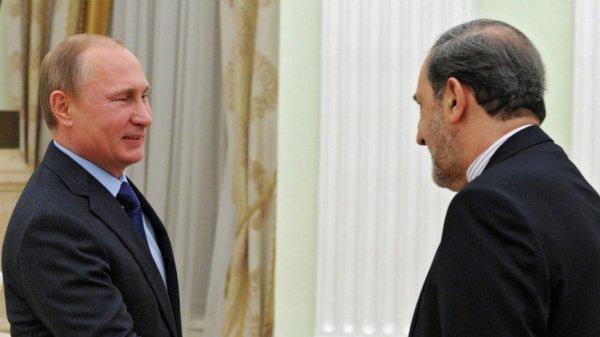 Путин и Велаяти на встрече в Ново-Огарево.