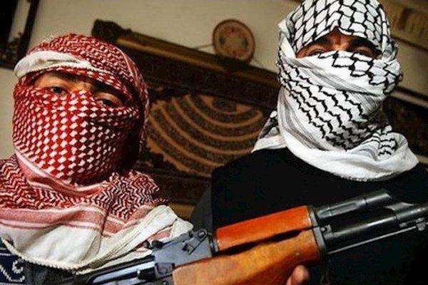 Эксперты обсудили, что толкает молодых людей становиться экстремистами.