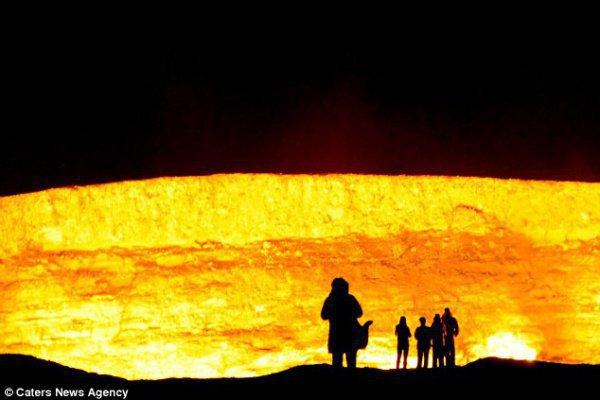 Врата Ада, которые пылают на Земле уже 40 лет (ФОТО)