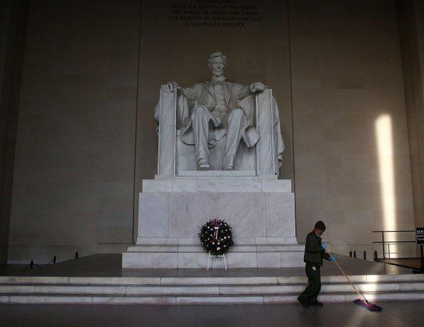 Статуя Линкольна в Вашингтоне.