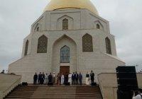 Тысячи мусульман съехались на «Изге Болгар жыены»