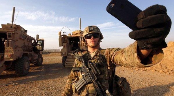 За пределами США размещены 300 тысяч американских военнослужащих.
