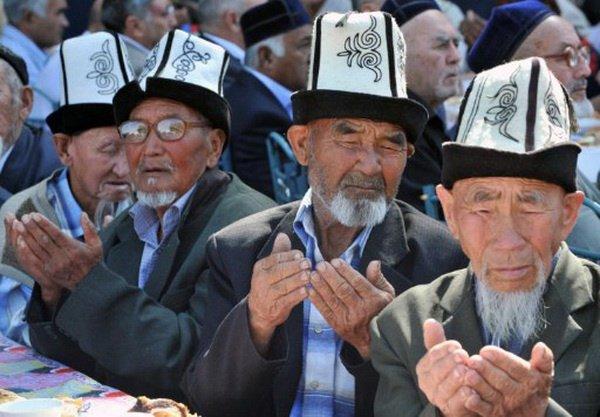 Власти Киргизии возьмут религию на контроль.