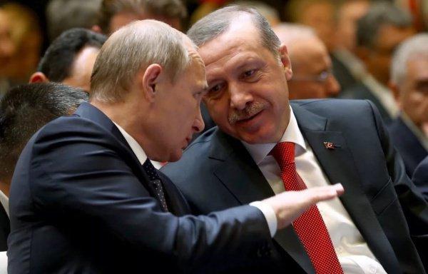 Президенты России и Турции обсудили сотрудничество двух стран.