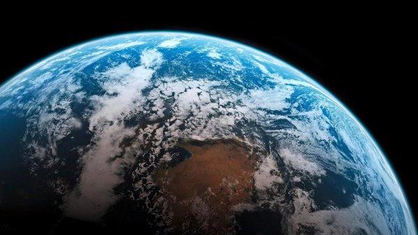 Земля имеет форму шара, и этому имеются неопровержимые доказательства, думает абсолютное большинство респондентов