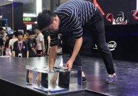 Первый в мире непотопляемый ноутбук показали в Китае