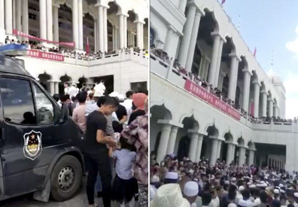 Сидячая забастовка у мечети.