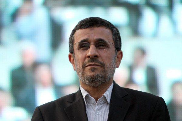 Махмуд Ахмадинежад снова раскритиковал действующие власти Ирана.