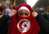 В Тунисе предложили уравнять женщин с мужчинами в правах наследования