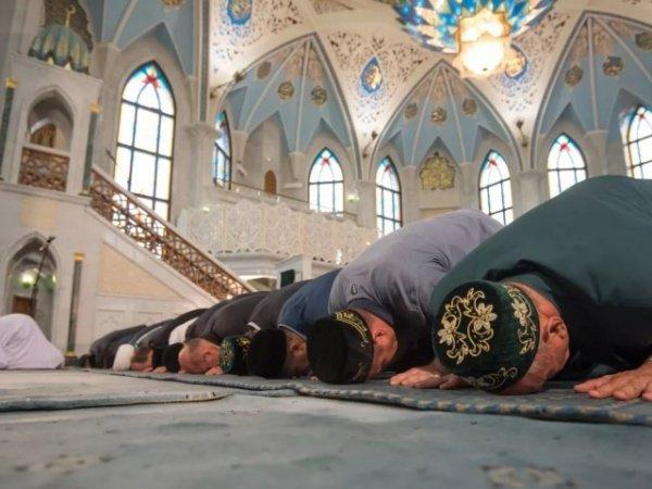 Зачем мусульмане отмечают Курбан-байрам?