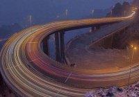 Дорога, уходящая в небо: потрясающие фото автомагистрали в Саудовской Аравии