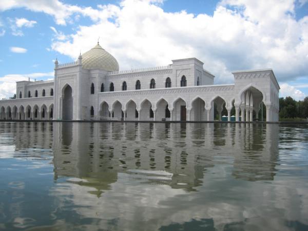 Белая мечеть  - жемчужина современного Татарстана