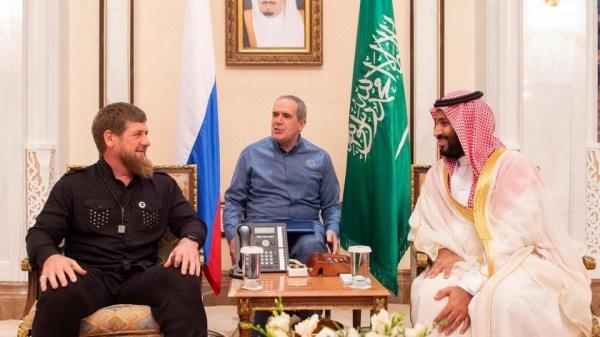 Глава республики, прибывший в королевство для совершения хаджа, был приглашен саудовским принцем во дворец