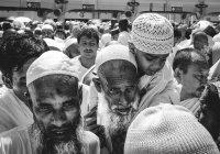 Саудовский министр: Катар мешает хаджу