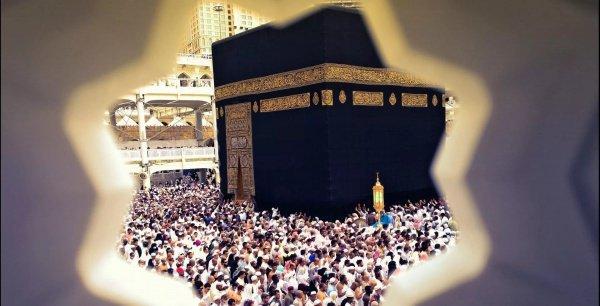 Во время хаджа россияне продемонстрировали все лучшие качества приверженцев ислама: доброе отношение друг к другу и взаимопомощь