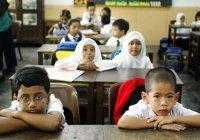 10 тыс. школьников получат бесплатные наборы для учебы в Дубае