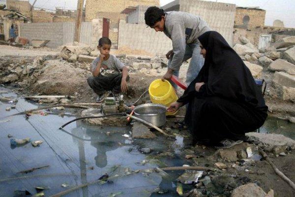 В Басре - катастрофическая нехватка питьевой воды.