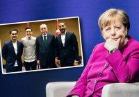 Ангела Меркель высказалась по поводу скандала вокруг Месута Озила