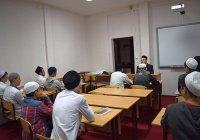 Учащимся татарстанских медресе рассказали об опасности экстремизма