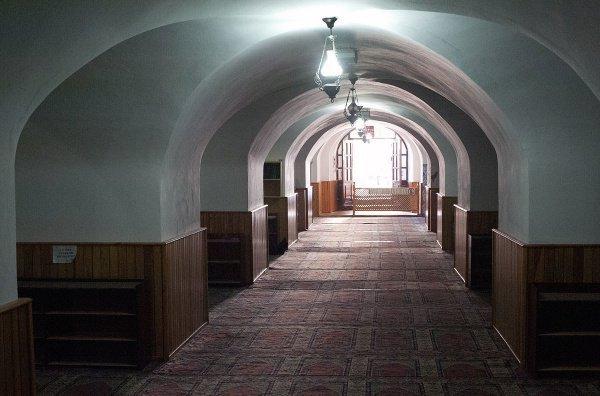 Необычная подземная мечеть, расположенная в подвале византийской крепости (ФОТО)