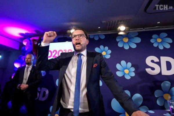 Лидер партии Йимми Окессон.