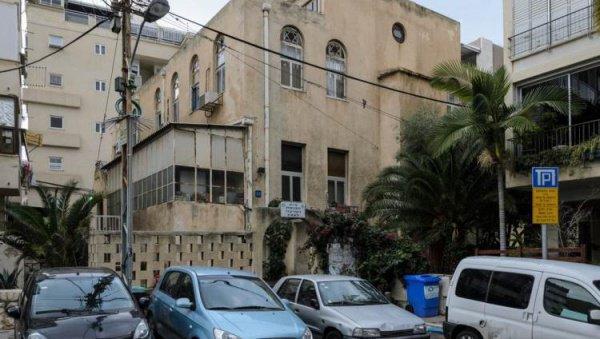 Синагога, подвергнувшаяся нападению палестинцев.