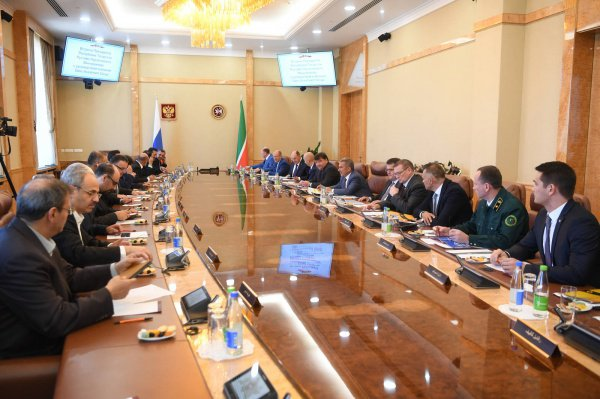 Встреча состоялась в Доме правительства.