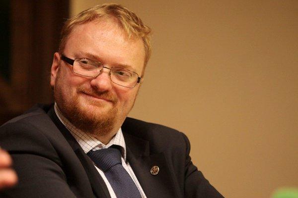 Виталий Милонов предложил ввести в России сухой закон.