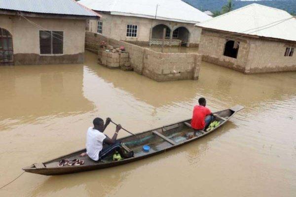Мощные наводнения накрыли южную часть Нигерии.