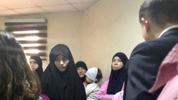 Жены ИГИЛ из Таджикистана проведут в тюрьме по 20 лет.