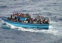 Марокканский военный корабль обстрелял лодку с мигрантами