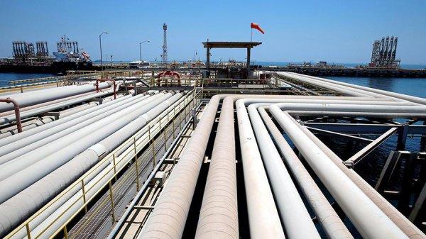 Кувейт поставляет большую часть черной нефти на рынок Азии.