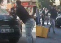 Житель Стамбула наехал на толпу пешеходов