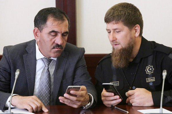 Рамзан Кадыров и Юнус-Бек Евкуров подписали соглашение о границе.