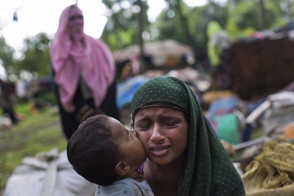 С августа 2017 года Мьянму были вынуждены покинуть более 700 тысяч мусульман.