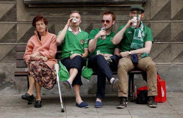 Власти Ирландии обеспокоены масштабам потребления алкоголя в стране.