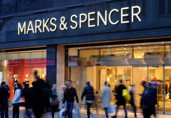 В Парламент на собрание пригласили руководителей 10 брендов, в том числе Primark, Marks & Spencer и Next