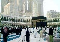 Умру в Саудовской Аравии совершили почти 300 тысяч мусульман